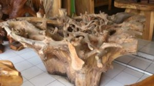 AW 595(teak roots diameter 160cm, high 80cm) glass top, U$D 850