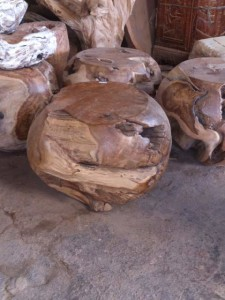 B 055, teak wood, size 50cm. U$D 110