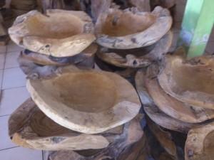 B0522  bowl teak  diameter 55 - 60 cm
