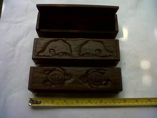 Box2, 20cm x 5cm x 5cm , U$D 3. ebony wood
