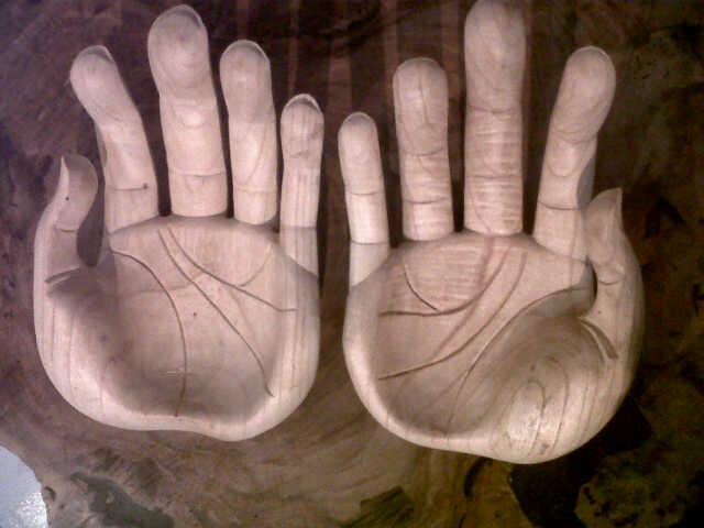 MW 51 giant hands, size 30cm. 1 set U$D  25. teak wood