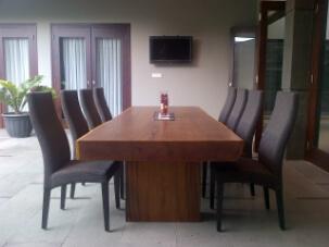mahogany tabel n rattan chair, 300cm x 100cm x thick 10cm. U$D 1800 1 set,